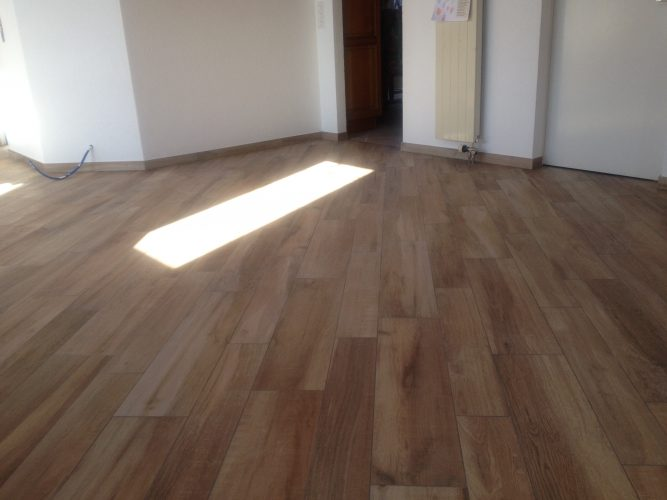 Carrelage imitation parquet 2/2